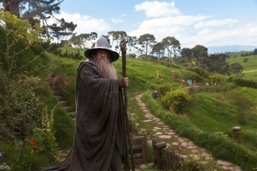 Gandalf the Grey? More like Gandalf the Deus ex Machina! OOOOOOOOHHHH BUUUUUUURNNNNNN